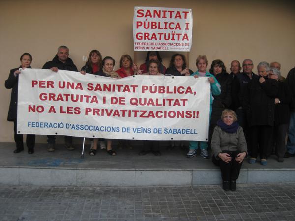La FAV se congratula de la decisión de Tribunal Constitucional que considerar ilegal el copago por receta en Catalunya