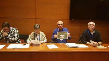 """la Plataforma per la Residència pública i de gestió pública """"Sabadell Sud"""" al Parlament de Catalunya"""